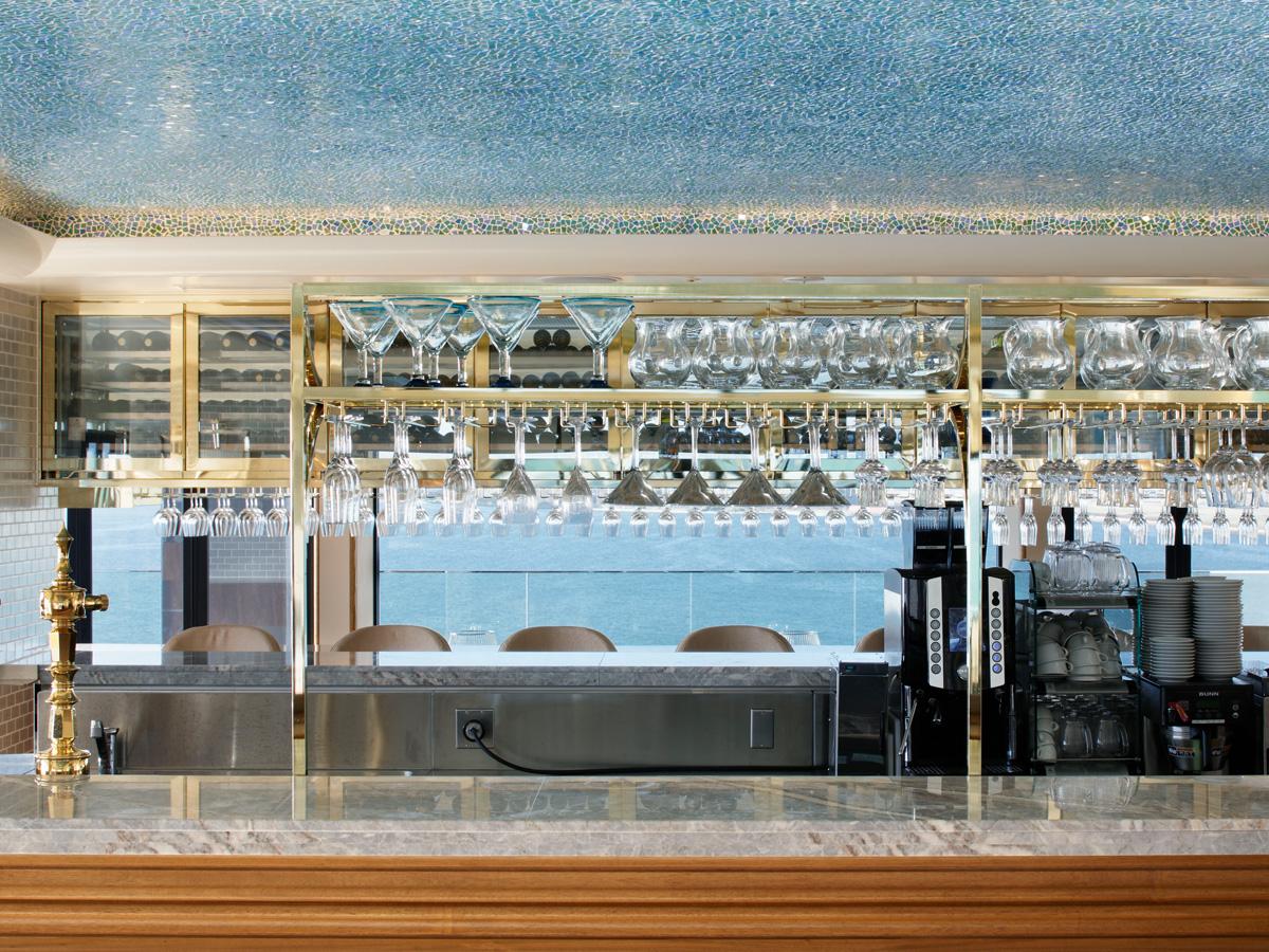 POSILLIPO-cucina meridionale- | 株式会社HUGE(ヒュージ)